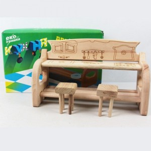 Деревянная кухня для куклы 03-17