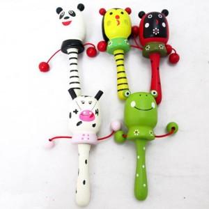 Деревянная игрушка Погремушка-барабанчик W02-4320