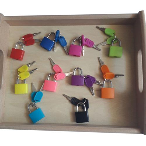 Развивающая игра Набор цветных замочков